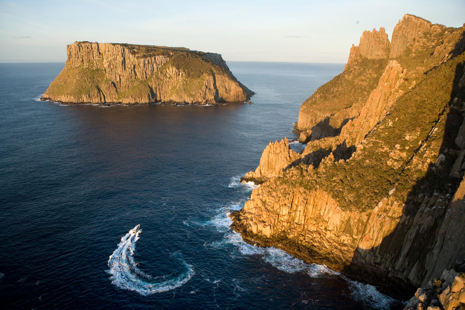 Have fund on a Tasman Island Cruise on your Lap of Tasmania road trip