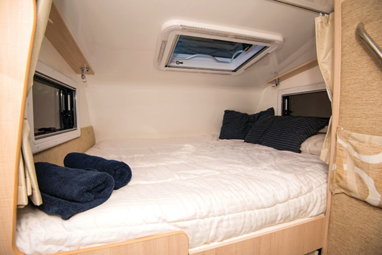 LeisureRent Motorhome - Bed Over Cab