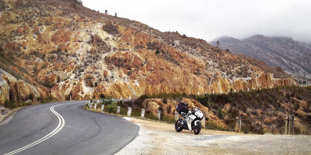Cruise the '99 Bends' to Queenstown on your Lap of Tasmania