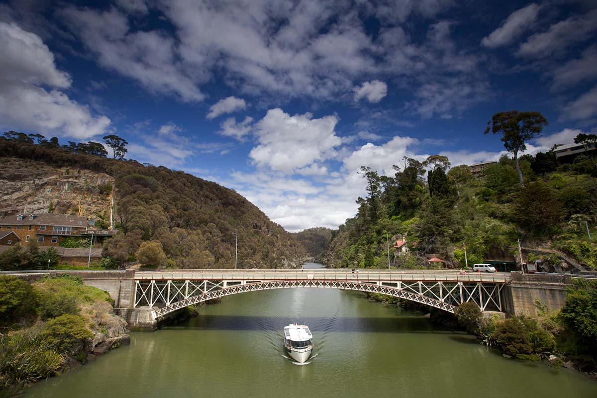 See Cataract Gorge from the water with Tamar River Cruises | Photo: Pete Harmsen