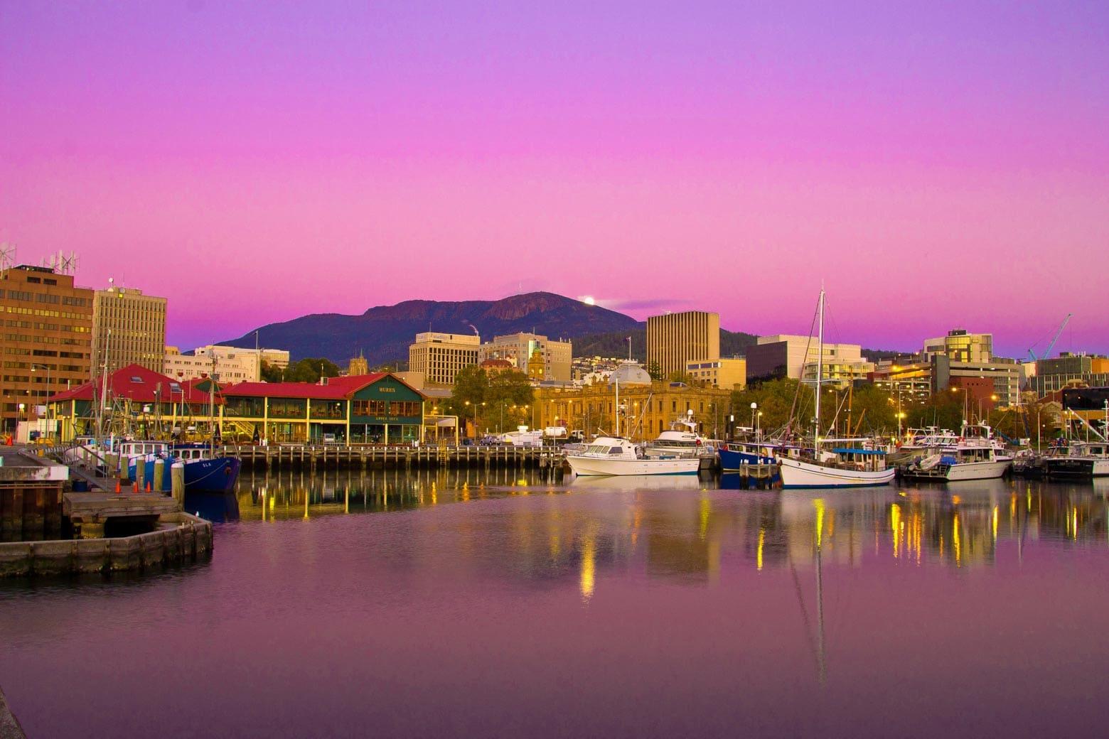 Hobart Tours - Hobart at sunset