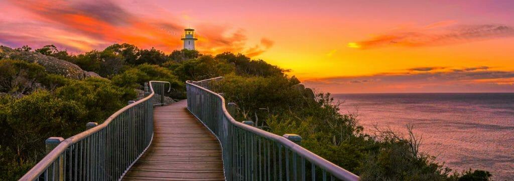 Best Short Walks in Tasmania - Cape Tourville Lighthouse